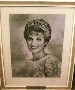 Signed Photographs Of Diana, Princess Of Wales